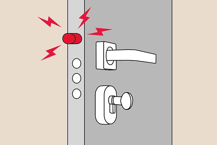 Защелка замка входной двери